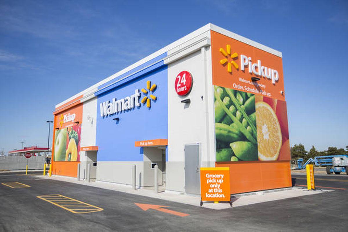 Máy nhận hàng tự động mới của Walmart